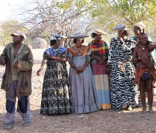 180 J6 pays Himba femmes herero